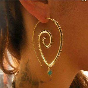 18K Spiral Earrings Emerald Crystal